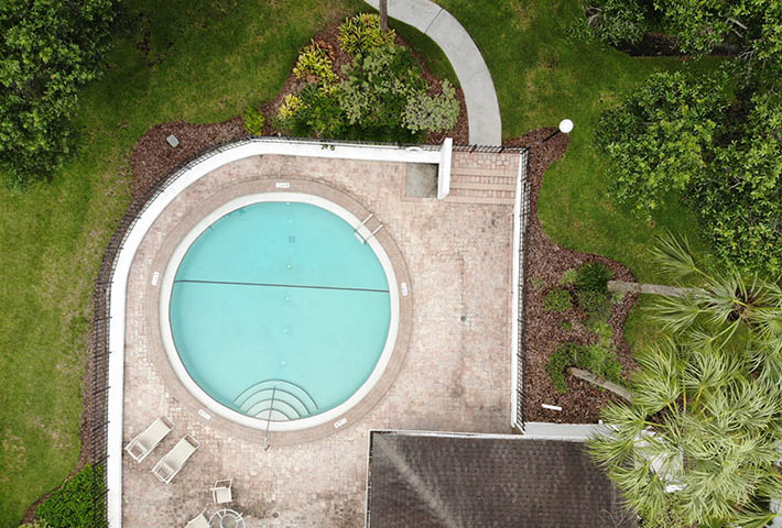 circular pool outdoor