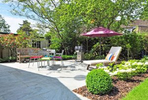 10 ways to make the most of your tiny outdoor space