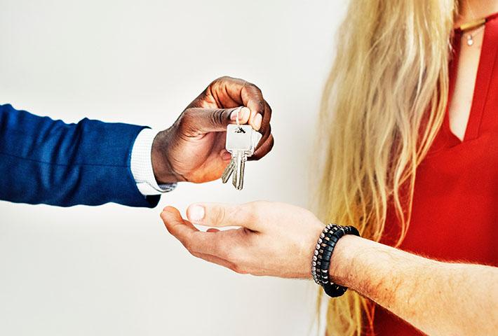 real estate broker house keys