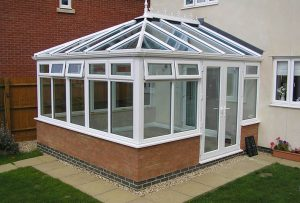 8 inspirations on how to furnish a small conservatory