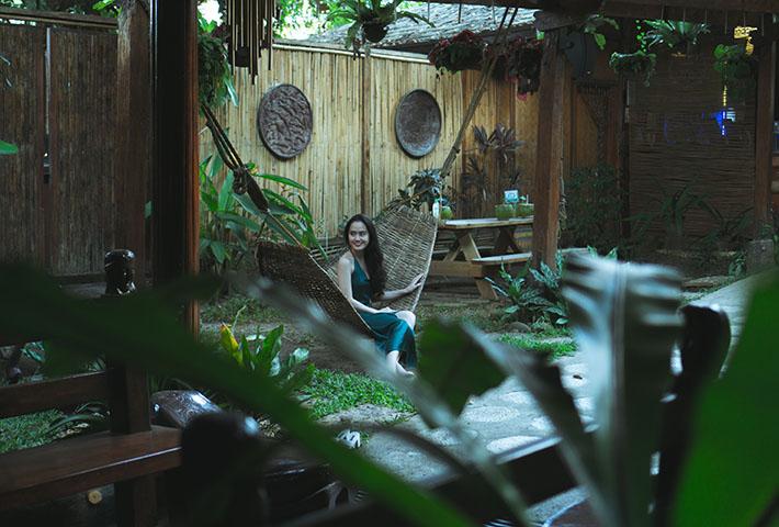 traditional asian outdoor decor